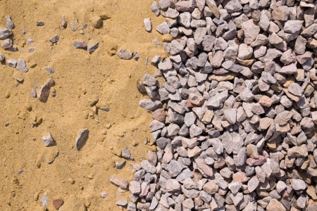 pile engine: Sand and stones