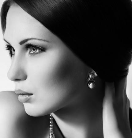 Fashion woman with jewelry precious decorations