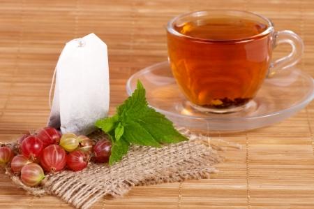 グーズベリーでカップでフルーツ ティー茶パッケージ