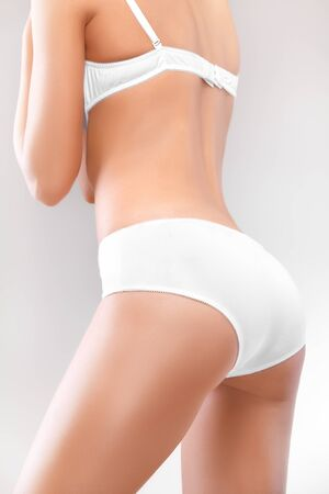 cuerpo perfecto femenino: Perfect cuerpo femenino en ropa interior Foto de archivo