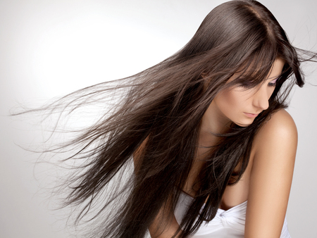 hair coloring: Beautiful Woman with Healthy Long Hair.
