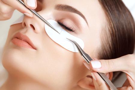 long eyelashes: Woman Eye with Long Eyelashes. Eyelash Extension