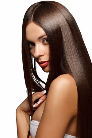 capelli dritti: Bella donna con lunghi sani capelli. Immagini ad alta qualità.