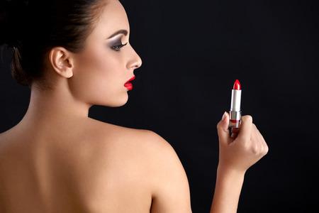 sexy young girl: Портрет красивая женщина с красной помадой. Красные губы Фото со стока