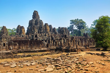 prasat bayon: Cambodia Famous Landmark. Prasat Bayon Temple In Angkor Thom, Angkor Wat Complex, Siem Reap. Ancient Khmer Architecture. Popular Tourist Attraction, Travel Destination In Asia. T