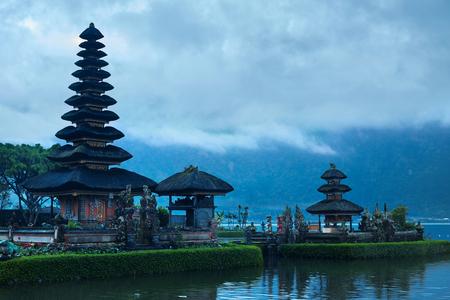 bratan: Bali, Indonesia. Scenic Landscape Of Pura Ulun Danu Bratan Temple, Pura Bratan Water Temple Complex On Lake. Balinese Landmark, Famous Tourist Attraction To Travel. Ancient Architecture Background Stock Photo
