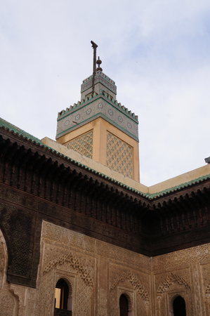 fas: Bou Inania Madrasa minaret at Fez, Morocco