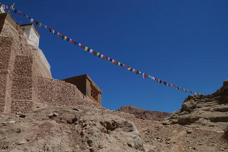 sacramentale: Antica fortezza e monastero buddista (Gompa) in Basgo valle, distretto di Leh, Ladakh, India del Nord
