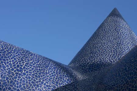 trencadis: cono azul del trencad�s
