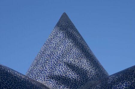trencadis: cono de trencad�s azul 2 Foto de archivo