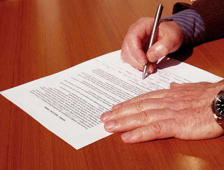 Het ondertekenen van het contract Stockfoto