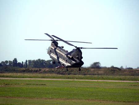 chinook: Famosa in tutto il mondo elicottero Chinook trasporto truppe