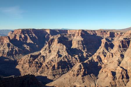 Widok na krajobraz w Parku Narodowym Wielkiego Kanionu w USA