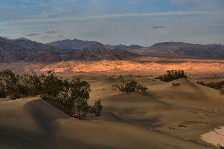sand dunes: Sand Dunes at Death Valley Stock Photo