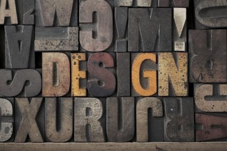 imprenta: El diseño palabra escrita en tipografía tipo muy viejo y gastado Foto de archivo