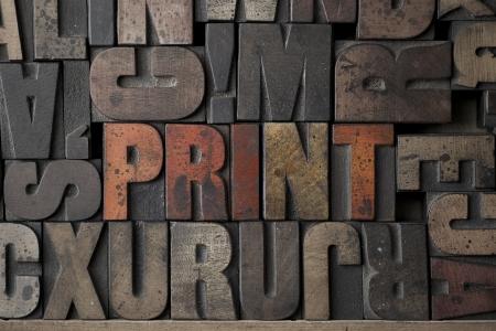 imprenta: La palabra escrita impresión en bloques de tipografía muy antiguos