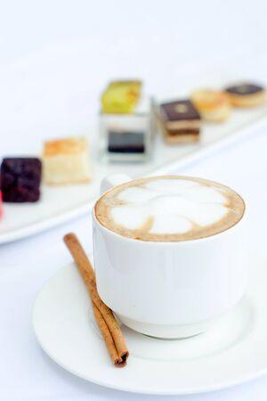 tarde de cafe: El olor del caf� de la tarde