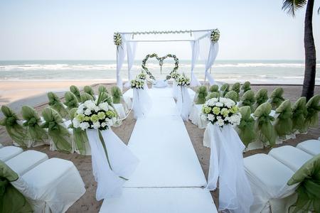Decoration of wedding flowers in heart shape