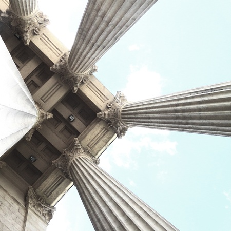 perspective of columns Stock Photo - 20978742