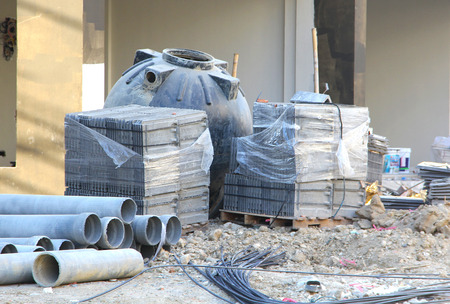 stack of construction materials at construction site Banque d'images