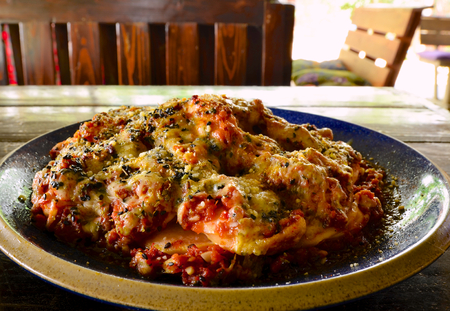 sausage pot: Sausage baked with cheese and tomato