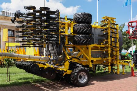 Kijów/Ukraina - 14 czerwca 2019: Wystawa nowoczesnych maszyn rolniczych.
