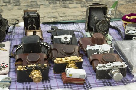 KyivUkraine - 26.12.2017: vintage and retro cameras displayed at the exhibition. 新聞圖片
