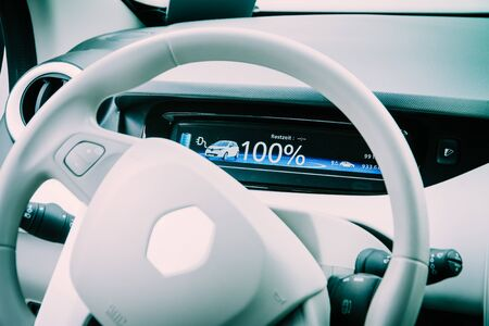 Cockpit of the electric car Renault Zoe 免版税图像