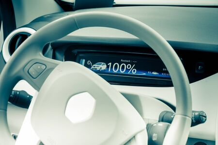 Cockpit of the electric car Renault Zoe Imagens