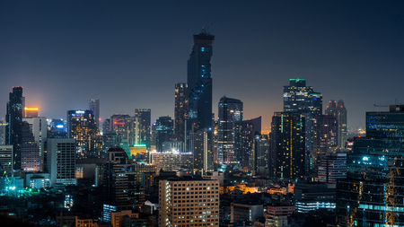 dark: Dark City
