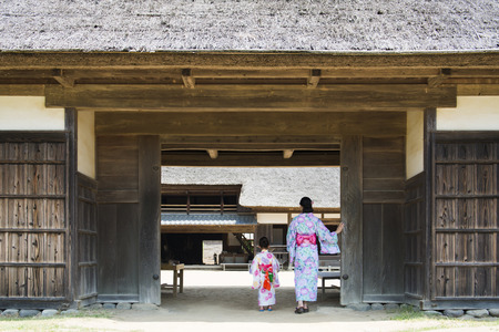 Mother and daughter wearing a Yukata Banco de Imagens