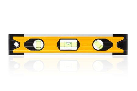 Livello di bolla di costruzione giallo, livello di blocco giallo con bolla isolato su sfondo bianco, incluso.