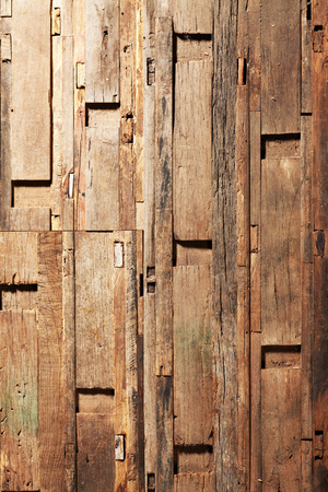 Closeup dry maple wood boards texture background. Imagens - 121741678