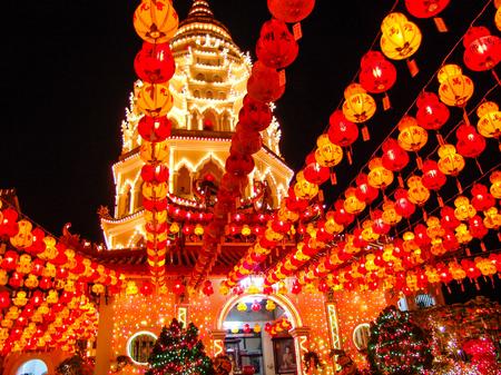 papierlaterne: Papierlaterne in einem chinesischen buddhistischen Tempel am chinesischen Neujahrsfeier genommen