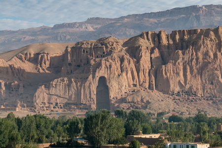 taliban: the giant buddha in bamiyan - afghanistan