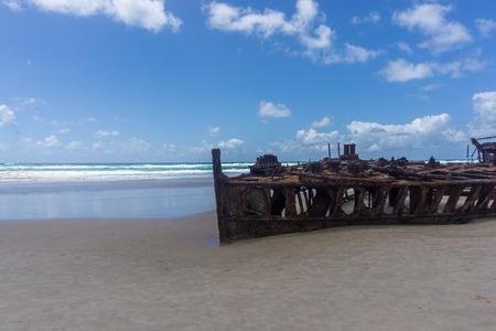 fraser: Maheno shipwreck - fraser island - australia