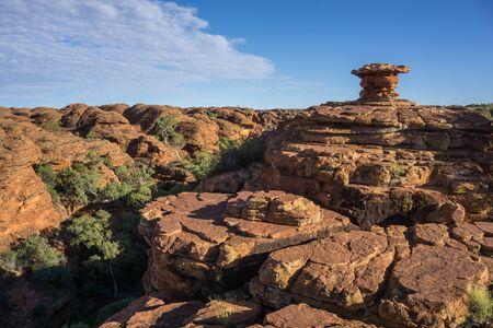 キングス キャニオン国立公園、オーストラリアのアウトバックの風景