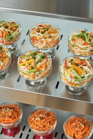Showcase fridge for catering with cooked food