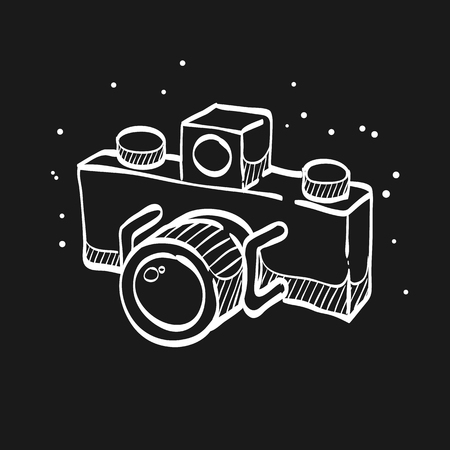 Panorama camera icon in doodle sketch lines. Landscape nature architecture photography lens Vettoriali