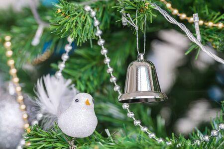 Christmas tree decor close up Imagens - 131768664