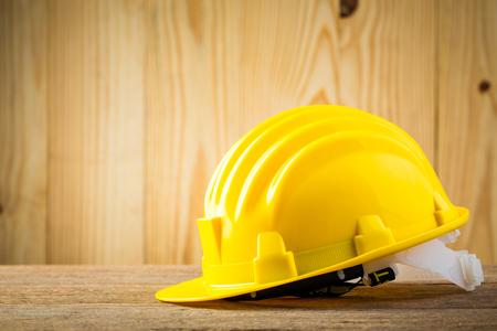Primo piano del casco di sicurezza