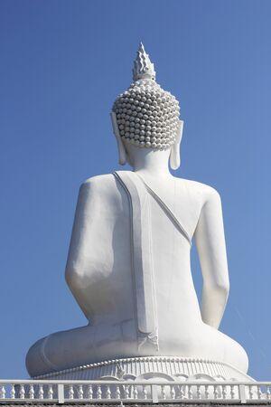 budda: back of white budda statue