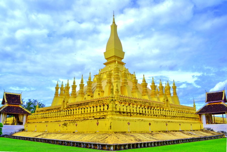 Phra that Luang in vientiane, Laos photo