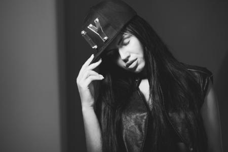 girl in a cap rapper 版權商用圖片