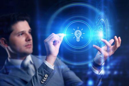 Concepto de negocio, tecnología, Internet y red. Financiación de puesta en marcha de capital riesgo de inversión de crowdfunding. Emprendimiento. Foto de archivo