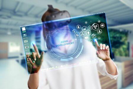 Concepto de negocio, tecnología, Internet y red. Desarrollo Ágil de Software. Foto de archivo