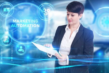 Business, Technology, Internet and network concept. Digital Marketing content planning advertising strategy concept. Marketing automation Banque d'images - 138165649
