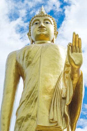 prodigious: Huge  golden of Buddha statue