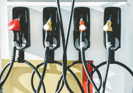 Pompa benzynowa w stacji benzynowej. Zdjęcie Seryjne