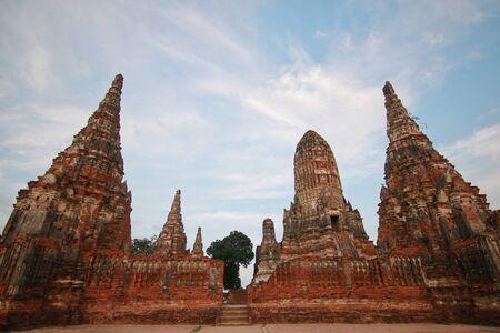 Watchaiwatthanaram, Buddha statue, historical park in Ayutthaya, Thailand Фото со стока